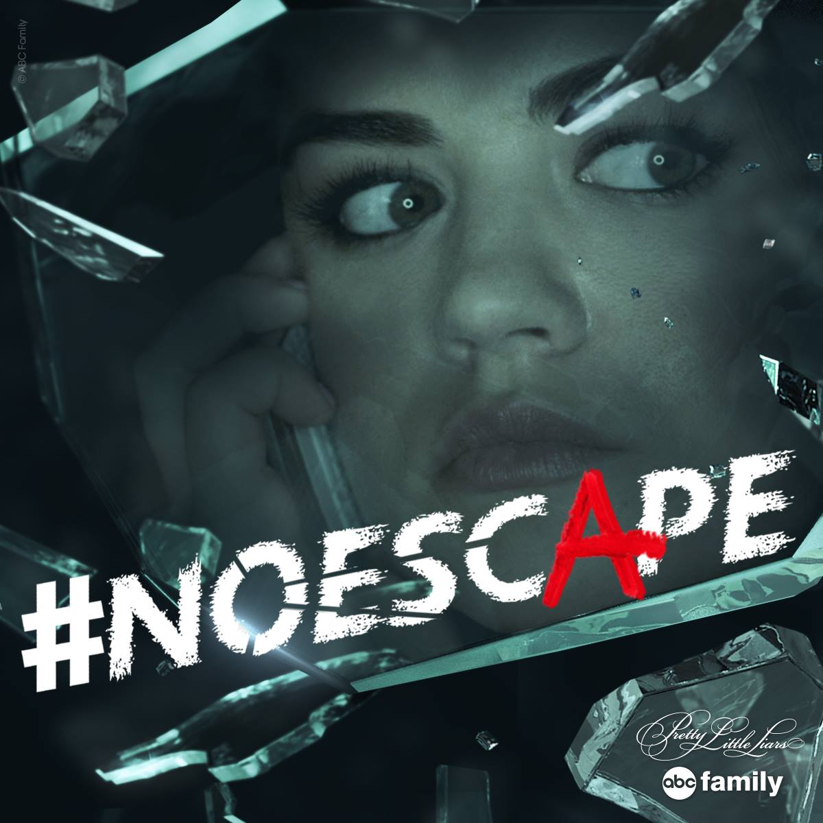 Pretty Little Liars - No Escape