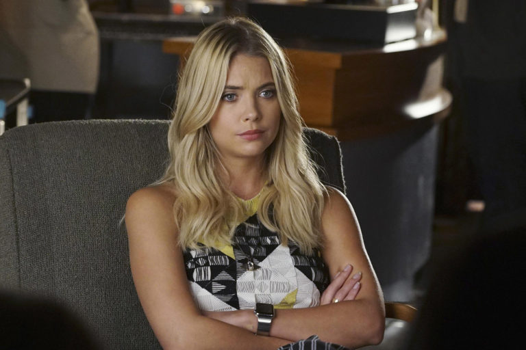 Pretty Little Liars - Season 6 Episode 19