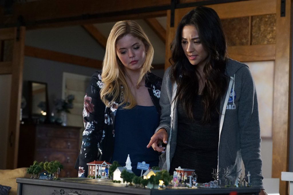 "Alison and Emily in a scene from Pretty Little Liars Season 7, Episode 12: ""These Boots Were Made for Stalking."""